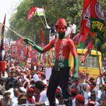 पंचायत चुनावों को लेकर सपा नेताओं की कुर्सी लोलुपता (?) से खफा हैं खांटी कार्यकर्ता