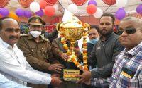 इंडो-नेपाल क्रिकेट फाइनल: गोरखपुर को हराकर मथुरा ने 6 विकेट से जीता मैच, पाए एक लाख इनाम